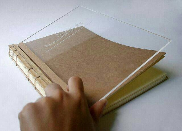 جلد کتاب پلکسی گلاس
